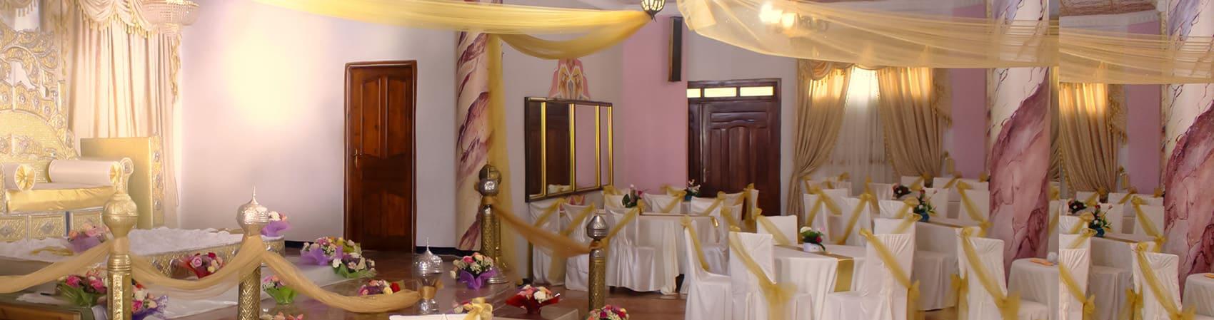 trones-angle-salles-fetes-complexe-adim-hotel-boumerdes-complexe-algerie-hotel-Zemmouri-El Bahri-Zemmouri-Algerie-1700x449
